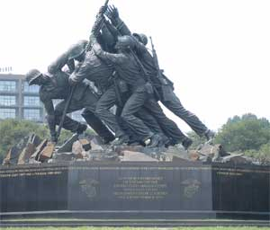 the Iwo Jima Marine Memorial